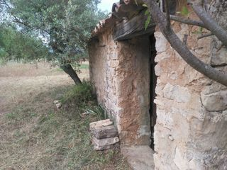 Rural plot in 11 227,. Finca con masia a restaurar