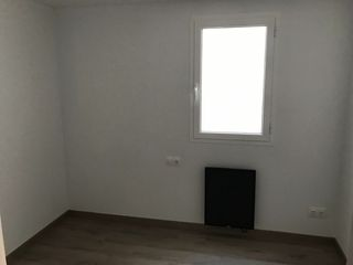 Rent Flat in Carrer germanetes, 18. Piso reconstruido a estrenar