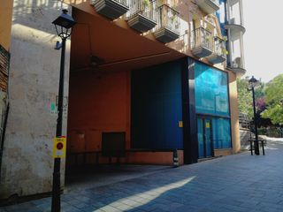 Location Parking voiture à Carrer sant antoni, 31. Plaza de aparcamiento grande a 100 m. estación