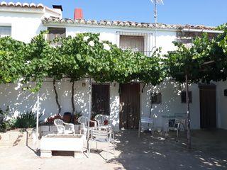 Casa Plaza Cabanes, 2. Casa en masías de ragudo