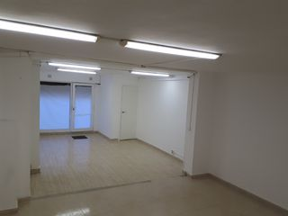 Location Local commercial à Carrer hospitalet, 23. Alquiler local 50m2