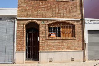 Semi detached house in Calle doctor ramón y cajal, 28. Tavernes blanques / calle doctor ramón y cajal