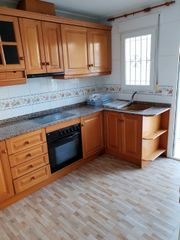 Lloguer Dúplex en Calle sanchez lozano, sn. House in good condition and good area