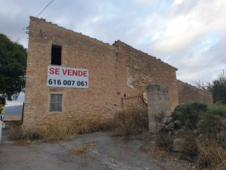 Semi detached house in Carretera santa maria a festival park, 1. Casa a reformar