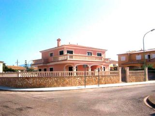 Casa in Carrer gerani, 1. Sa cabana - can carbonell - ses cases noves / carr