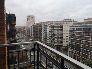 Piso en alquiler en Logroño, Gran Via. Piso exteri