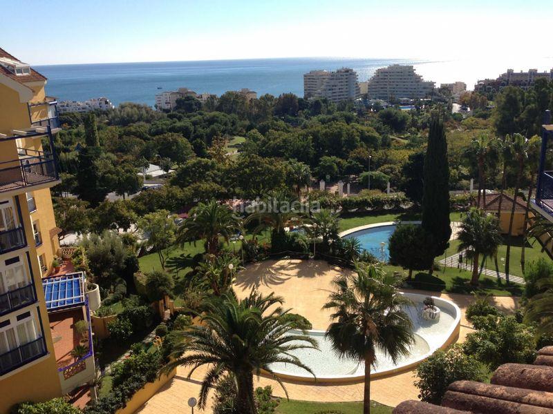 Alquiler Piso en Camino del prado, 1. Magnífico ático con vistas al mar y parque (Benalmádena, Málaga)