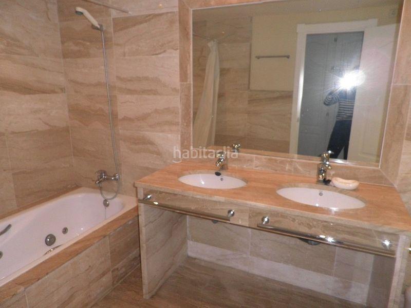 Piso en Avda. los andaluces, s/n. Magnífico apartamento en alhambra del golf (Marbella, Málaga)