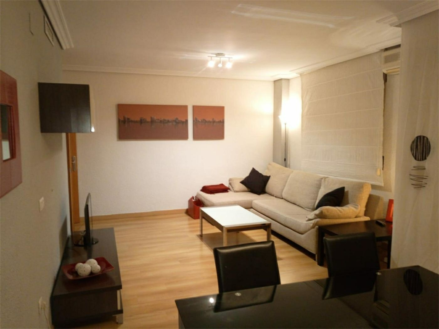 Rent Flat in Calle veterinario josep corella, 9. Zona ausias march / calle veterinario josep corell