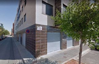 Location Local commercial à Calle san vicente, 121. Alquiler local en nules