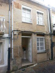 Casa pareada en venta en Muros. En casco histórico