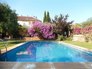 Rent Semi detached house in Calle bajo segura, 19. Alfinach - los monasterios / calle bajo segura