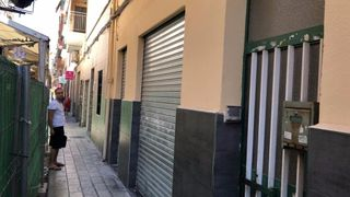 Affitto Negozio in Calle general espartero, 36. Vente ou location d´un local a alicante