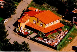 Chalet en venta en Valdefresno. Chalet para vivien