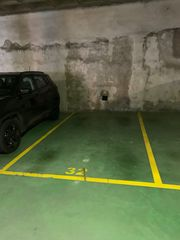 Parking coche en Riera gavarra, s/n. 1 plaza parking, negociable