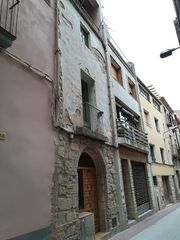 Casa a schiera in Carrer major, 44. Casa de pueblo