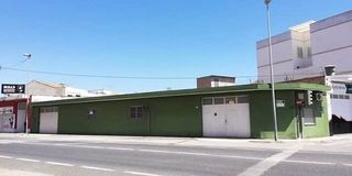 Local Comercial en Calle guadassuar, 33. Vendo  local