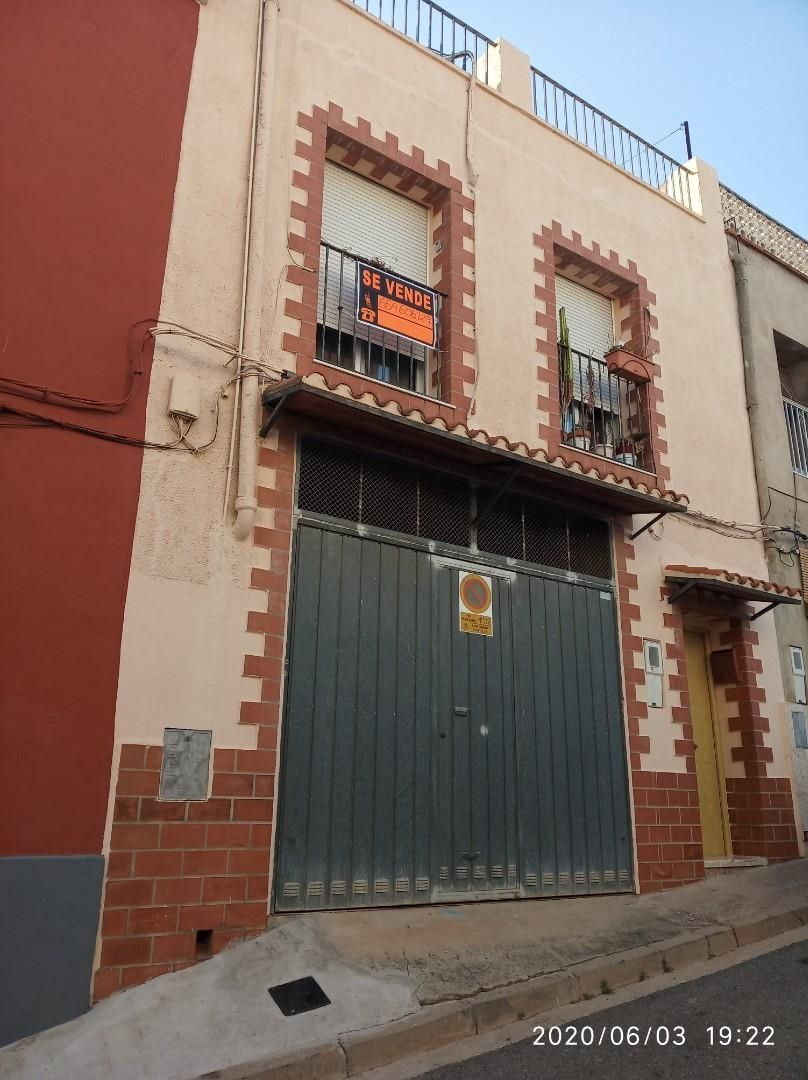 Semi detached house in Calle al calvario, 15. Antella / calle al calvario