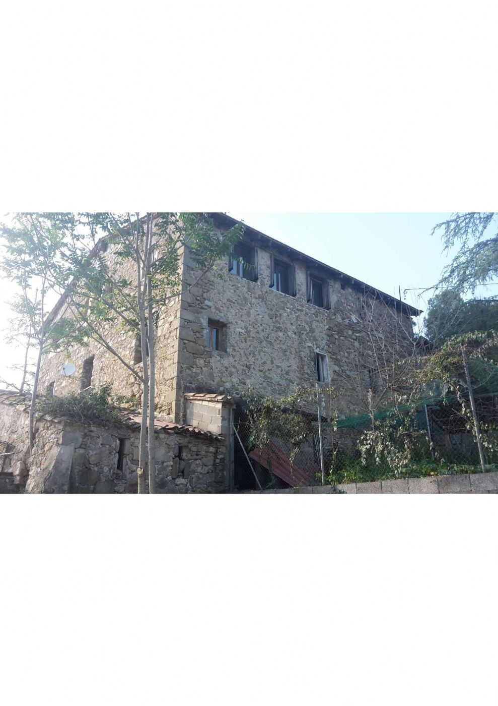 Country house in Afores,. Masia cerca de besalu