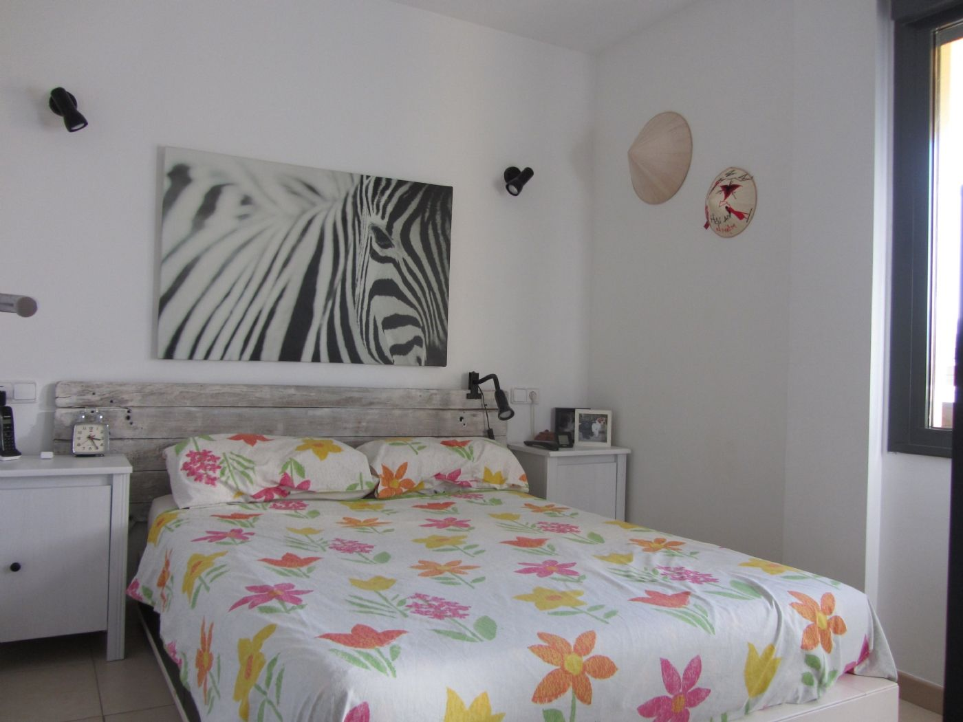 Flat in Guillem martí coll, 10. Piso ideal para parejas o para 1 persona
