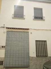 Semi detached house in Calle josep morant, 17. Daimús / calle josep morant