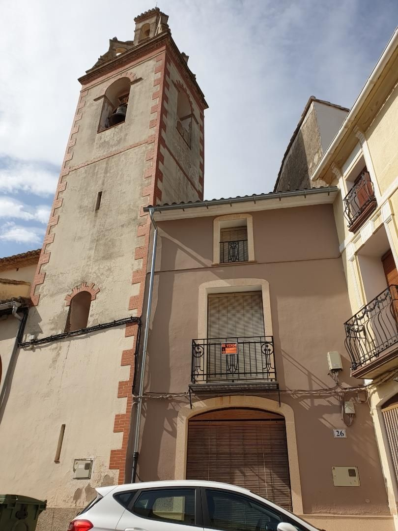 Semi detached house in Calle del mig, 24. Vall de gallinera / calle del mig