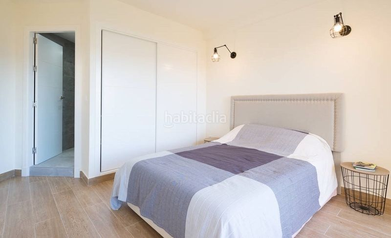 Alquiler Piso en Calle colina de la, 164. Alquiler apartamento en torremolinos (Torremolinos, Málaga)