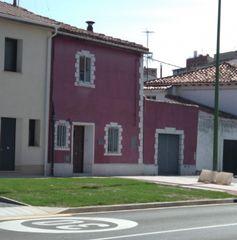 Casa adosada en venta en Burgos, Illera. Vivienda