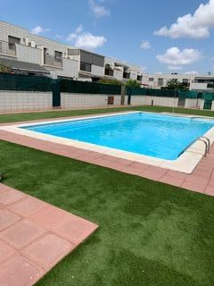 Semi detached house in Carrer jacint verdaguer, 28. Casa a la venta directo del propietario.