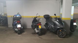 Alquiler Parking moto en Carrer casanova, 63. Plaza de moto parking c/casanova 63