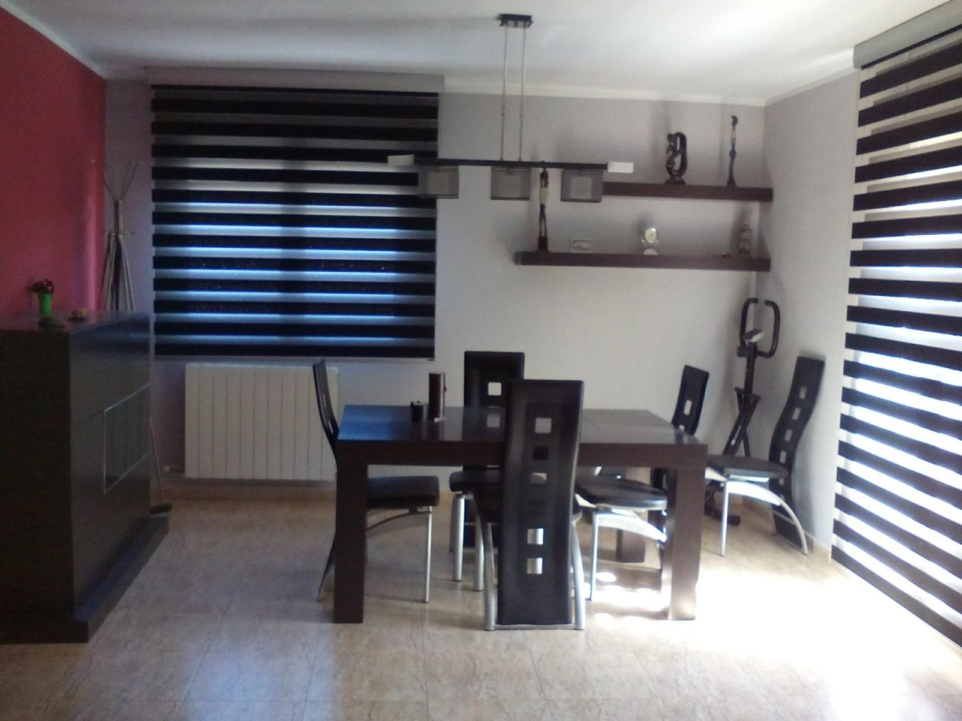 Semi detached house in Travessia vilalta, 19. Puigverd de lleida / travessia vilalta