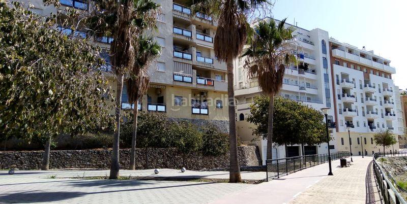 Alquiler Apartamento en Del mediterraneo, s/n. Acogedor piso bonita vista plaza parking incluida (Nerja, Málaga)