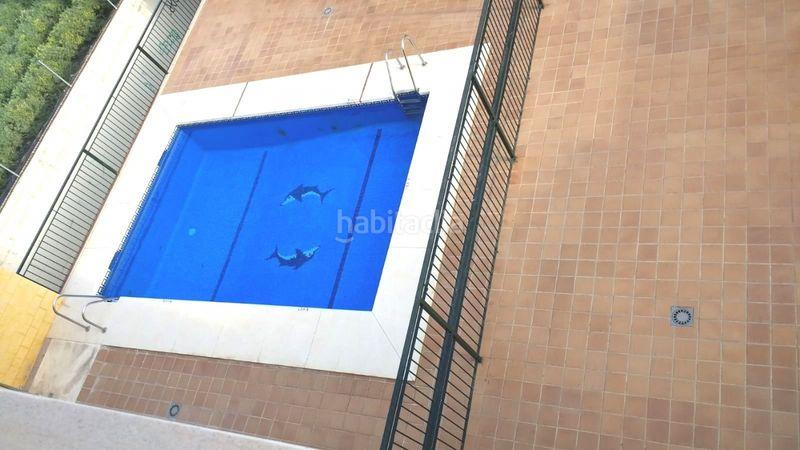 Alquiler Piso en Camino viejo de velez, 34. Piso 3 hab con párquing y piscina, a 200m playa (Rincón de la Victoria, Málaga)