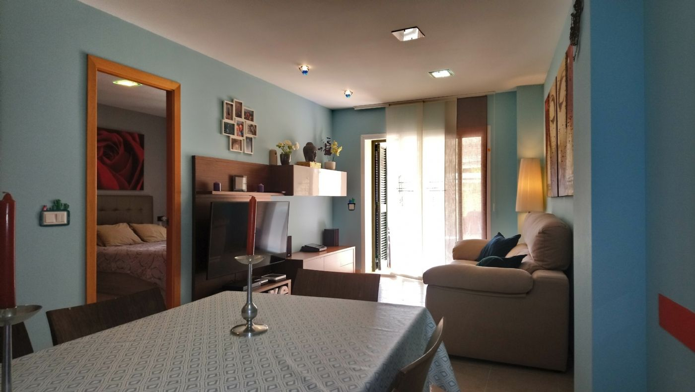 Ground floor in Carrer verge de lluc, 8. Vendo planta baja lloseta
