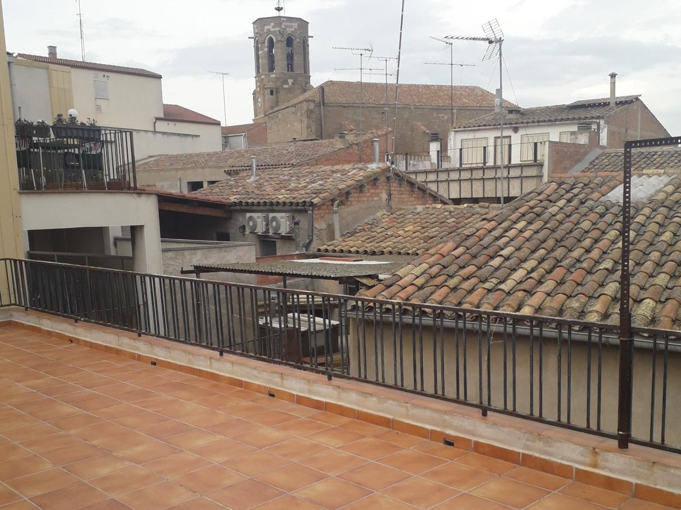 Semi detached house in Carrer castell, 23. Linyola / carrer castell