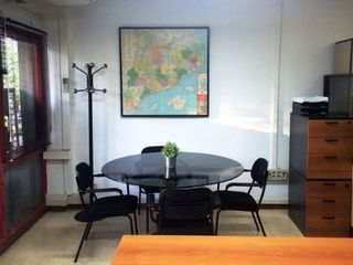 Rent Office space in Carrer concepcion arenal, 144. Luminosa oficina despacho diafana amueblada