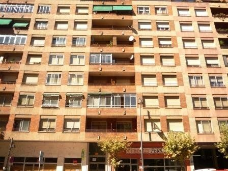 Piso en alquiler en Logroño, San Adrián. Particula