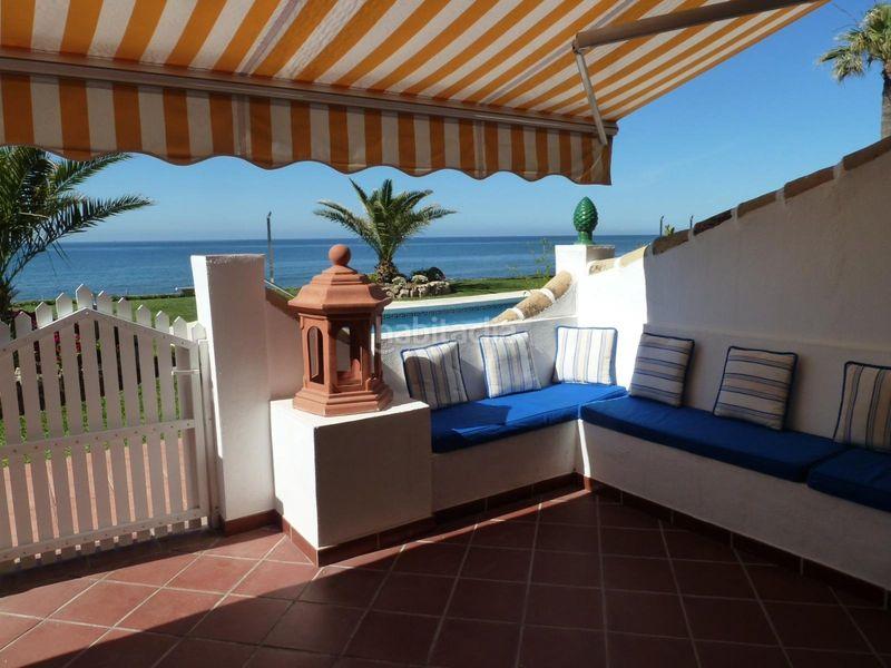 Planta baja en Calle enebro urb royal beach, 14. Primera línea de playa (Mijas, Málaga)