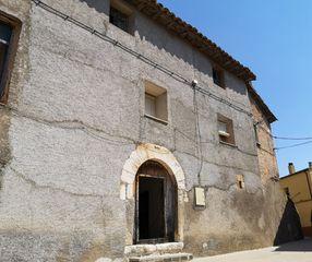 Casa en venta en Benabarre. Casa histórica en el p