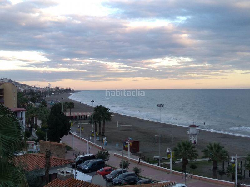 Alquiler Piso en Calle tunel (el), sn. Bonito piso en primera línea de playa (Rincón de la Victoria, Málaga)