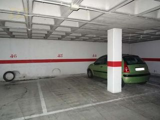 Rent Car parking in Avda. condomina, 42, 42. Plaza garaje amplia de 14m2 para coche ....