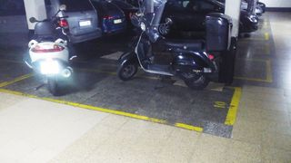 Alquiler Parking moto en Comte borrell, 192. Parking vigilado con portero 24h