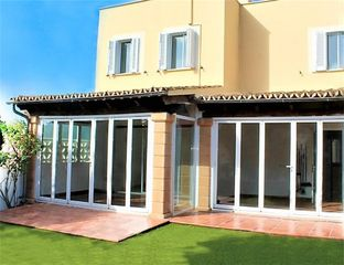 Rent Semi detached house in Carrer del salze, 8. S