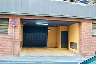 Parking coche en Carrer espanya, 34. Plaza parking venta