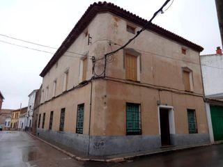 Casa en venta en Villares del Saz. Casa señorial e