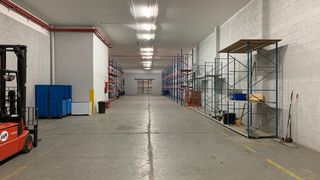 Affitto Capannone industriale in Carrer abat oto, sn. Nave exclusiva de 2.000 m2 en sabadell
