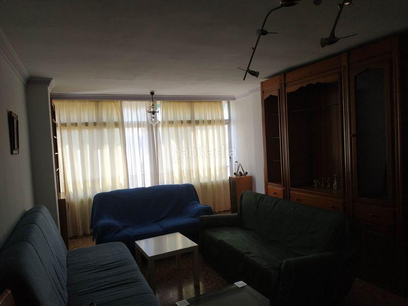 Alquiler Piso en Calle artesanos, 1. Magnifico piso amplio y soleado (Vélez-Málaga, Málaga)