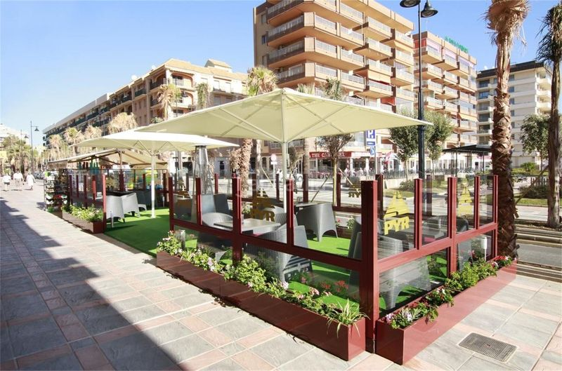 Alquiler Estudio en Calle lamo de espinosa, s/n. Zona puerto deportivo / calle lamo de espinosa (Fuengirola, Málaga)