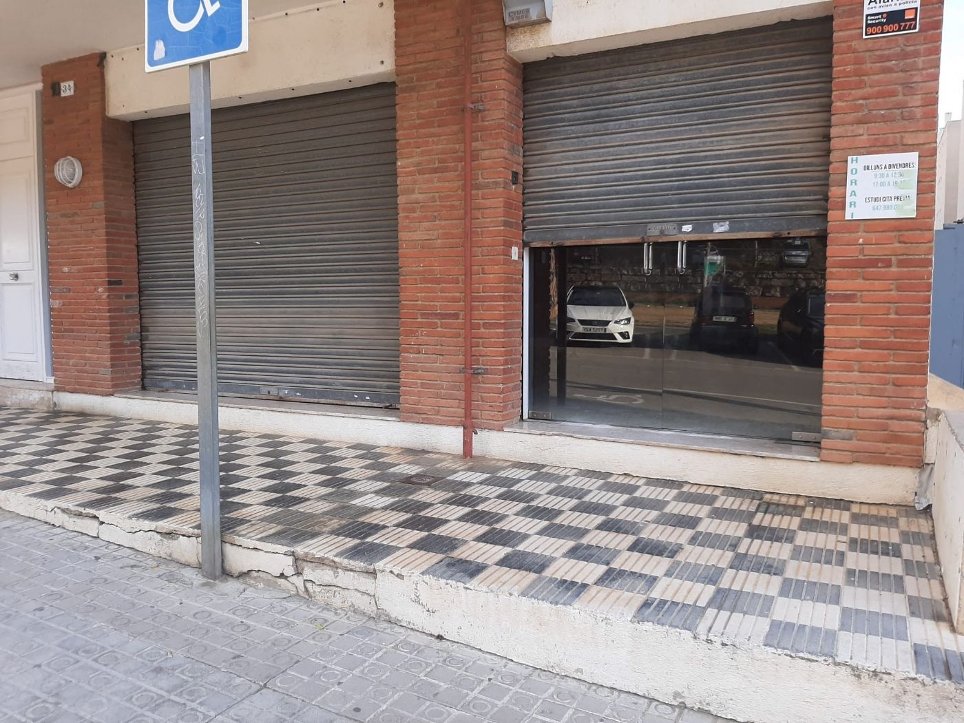 Rent Business premise in Passeig jaume brutau, 10. Local comercial