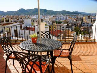 Casa adosada en alquiler en Baleares Ibiza, Dalt V